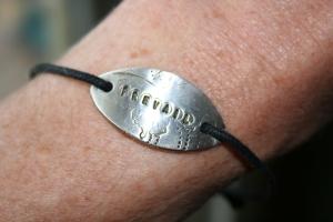 Prevail bracelet 010