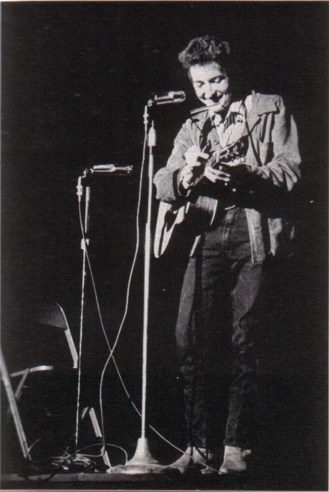 Bob Dylan in November 1963 (Unknown [Public domain], via Wikimedia Commons)
